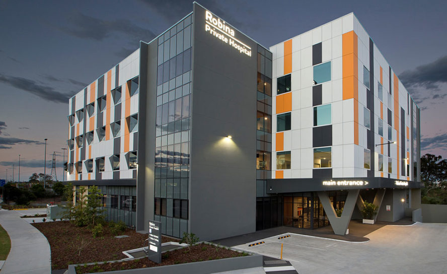 Robina's first private hospital opens